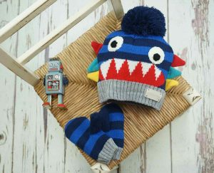 Blade and Rose Ziggy Bobble Hat and Mittens Set